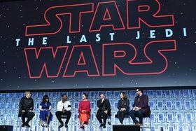 Star-Wars-Schauspielerriege in Orlando / Bild: (c) APA (AFP/Getty)/Gustavo Caballer (Gustavo Caballero)